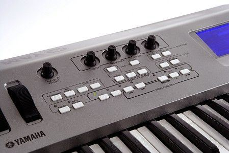 Sintetizador musical Yamaha MM-6
